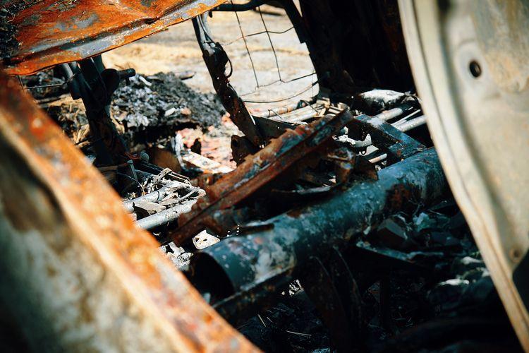 Burnt camper van lose property  - klausheeskens   ello