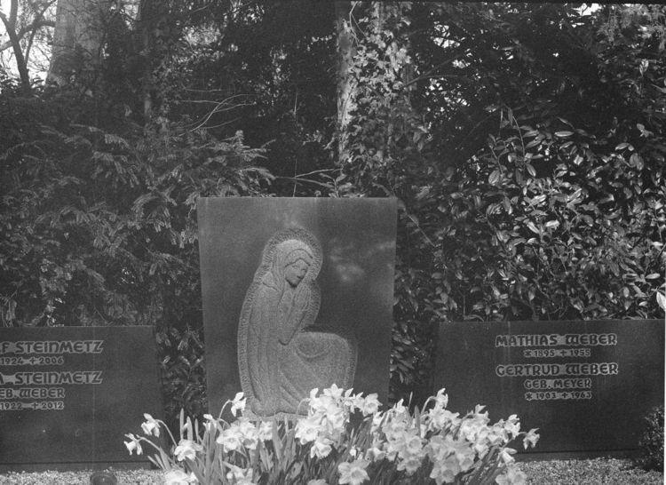 Westfriedhof II Location: Aache - walter_ac | ello