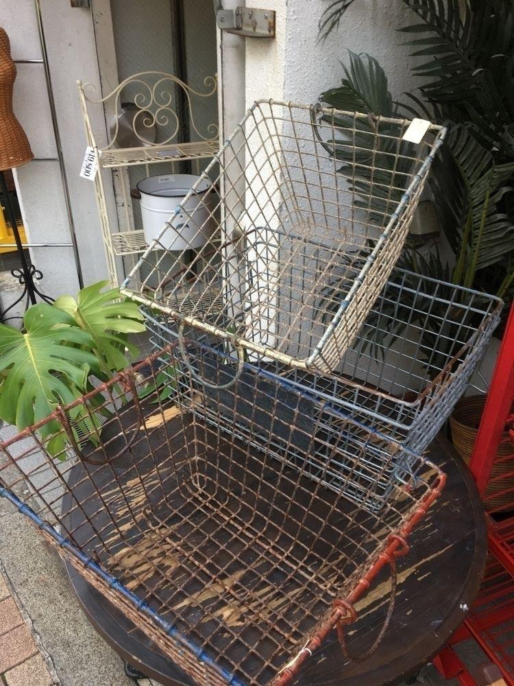 Wire Baskets - Japan, Tokyo, Meguro - thespeck | ello