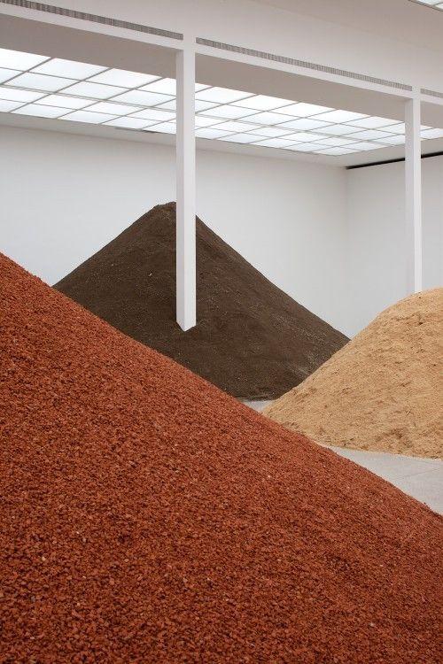 Spanish artist Lara Almarcegui - modernism_is_crap | ello