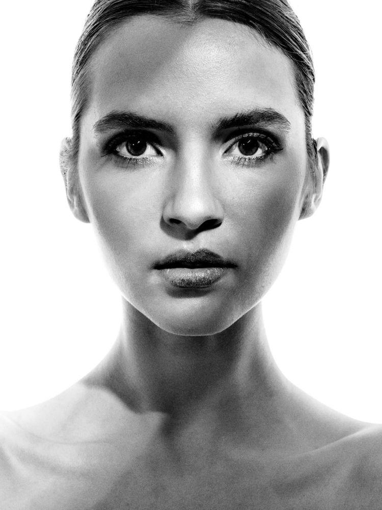 Les yeux femme sont océan de se - fabriziodepatrephotographer | ello