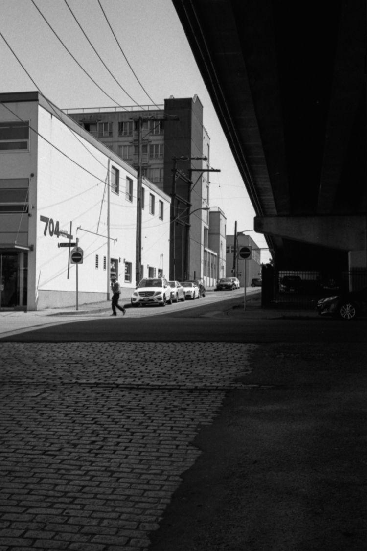 Eastbound Alexander Street - minoltacle - kch   ello