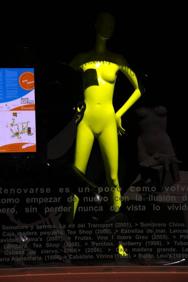 El Born, Barcelona, 2009 - pentax - andrewld   ello