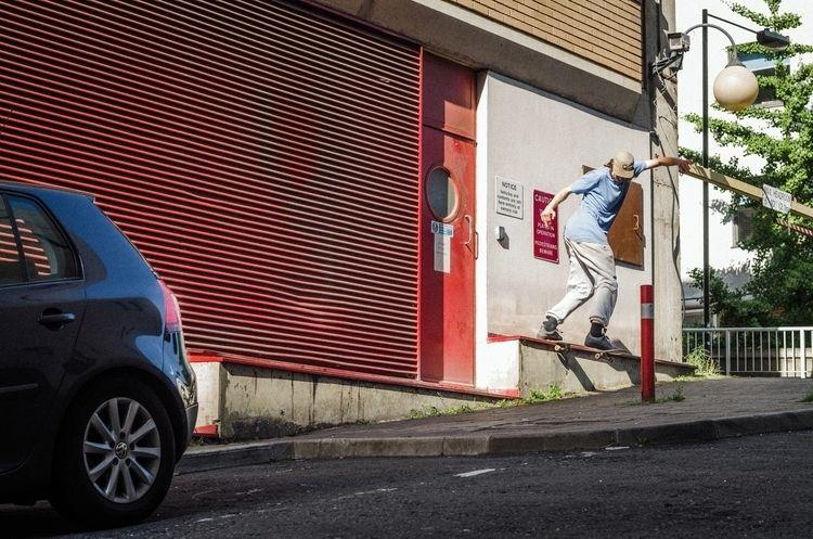 Joe Sivell, tail - skateboarding - scienceskateboards | ello