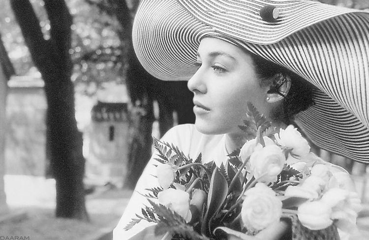 Recueil: portrait Julie, French - daaram-fashion | ello