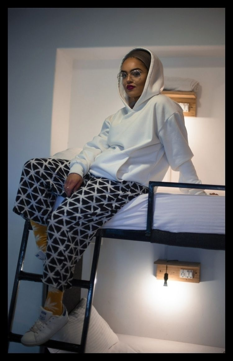 Brand: Delhiwear / styling conc - shivangikapoor   ello