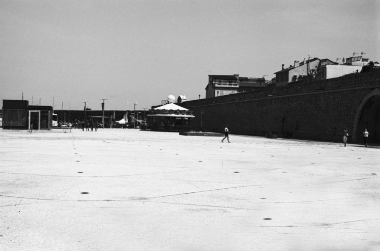 blackwhite, project, analogue - loyph | ello