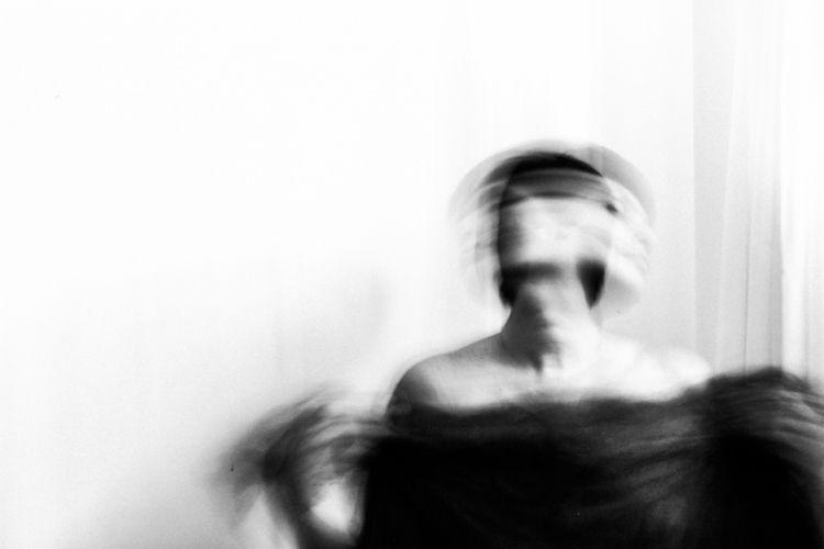 portrait, selfportrait, woman - bmontavon | ello