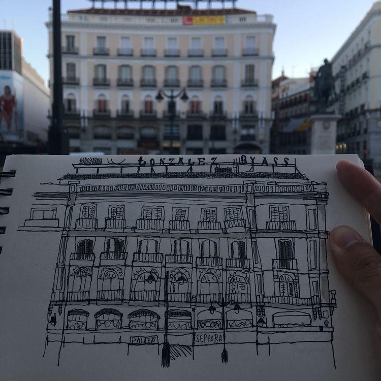 Spanish sun bottled - Madrid, Sol - antoniofse | ello