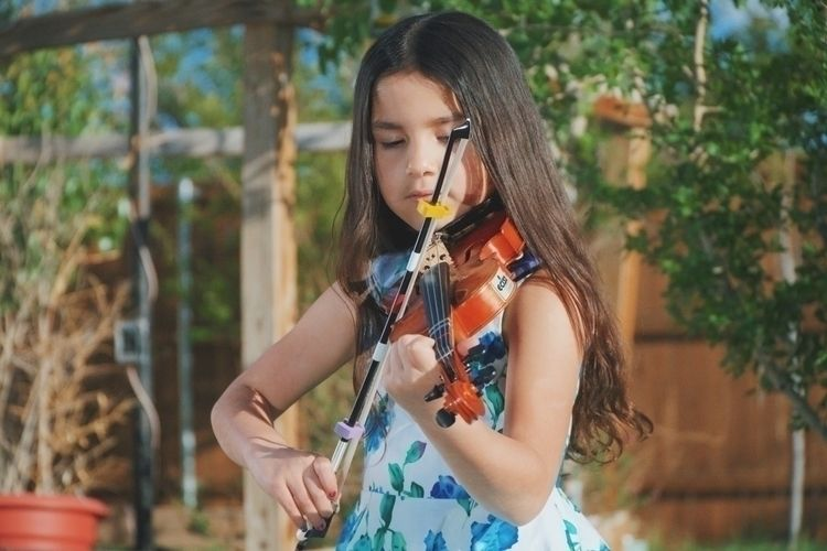 Jade showing violin skills - mydaughter - benraigoza | ello