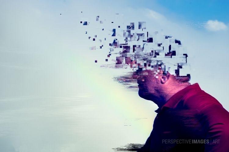 Memory Fragments standing shore - perspectiveimg | ello