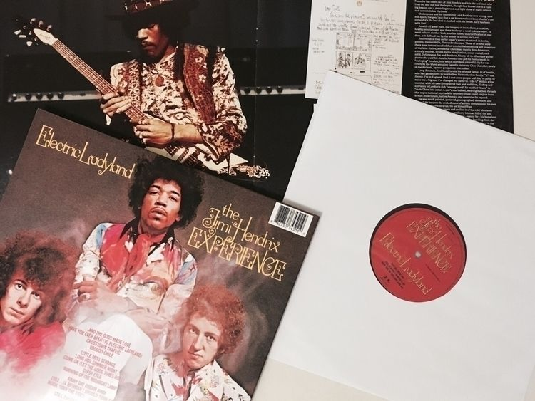 'Jimi Hendrix' kind night. 1968 - darkskieskindeyes | ello