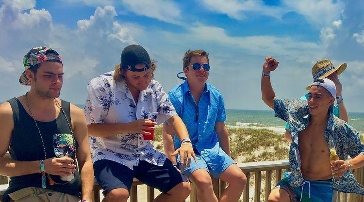 beat matches beach ~2017 _ Gulf - wellcaldmax | ello
