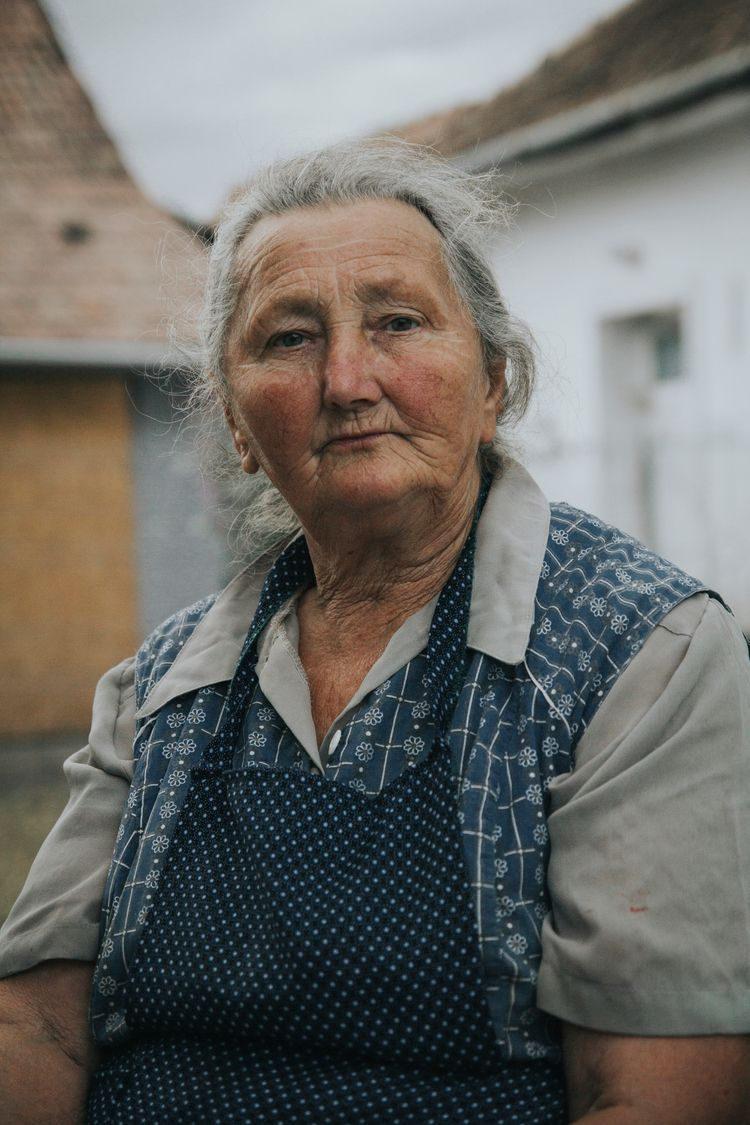 Portrait grandmother, Dorinela - bogdanbotas | ello