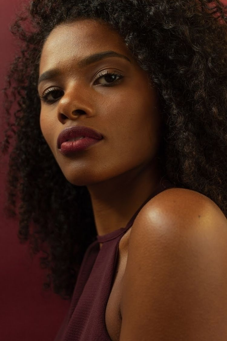 Nicole, 2018 - photography, colorpalettes - pamesantos | ello