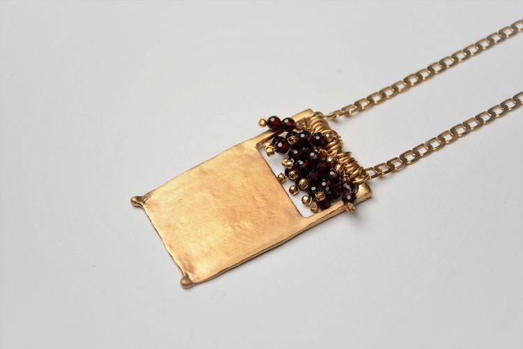 Red Garnet 18k Gold Plated Meda - olympezulma | ello