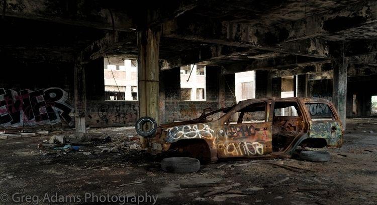 Abandoned car Packard Automobil - gregoryadams | ello