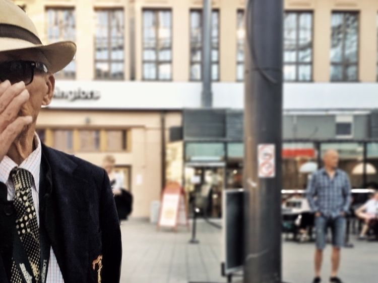 Guess - streetphotography, helsinki - tarulp   ello