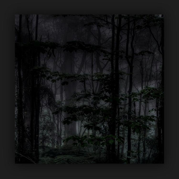 black square 7 crescent moon fo - voiceofsf   ello