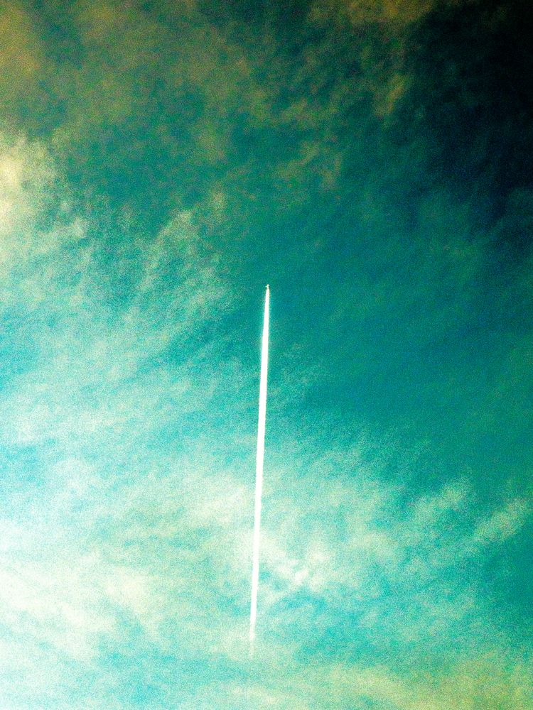 airoplane, sky, clouds, colors - philip_tsemperis | ello