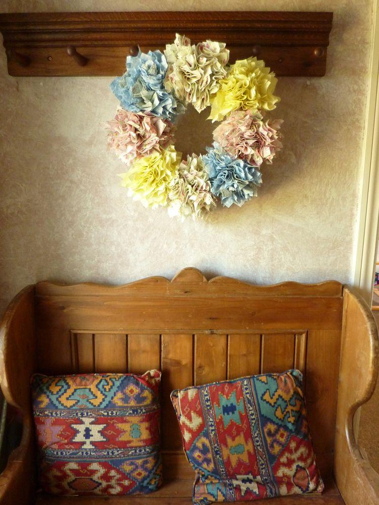 Prodded rag rug wreath - inspir - firehorsetextiles | ello