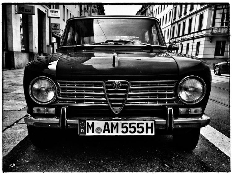 Giulia classics Romeo - ellocars - christofkessemeier | ello