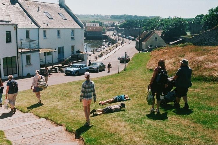 Summer Scotland. mother allowed - vilarmon | ello