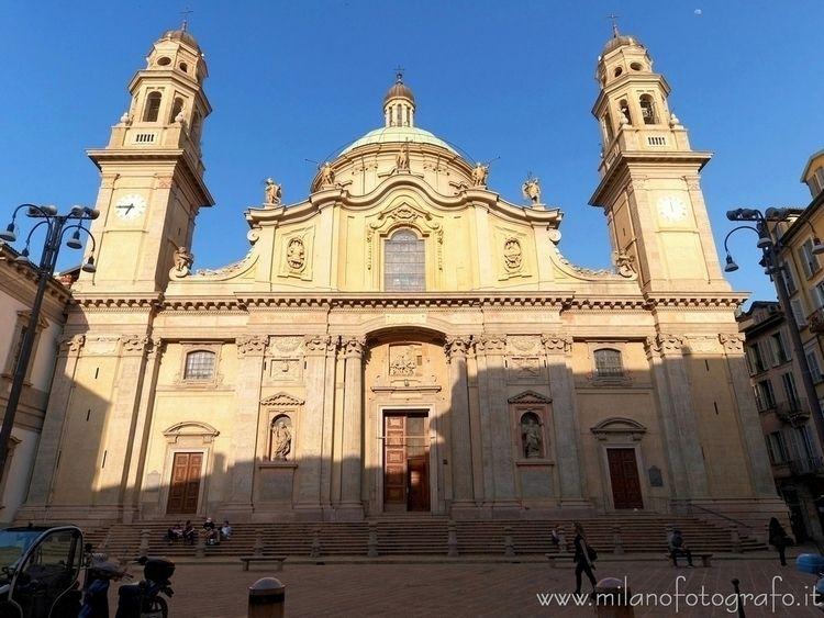 ( ): Facade Sant'Alessandro Zeb - milanofotografo | ello