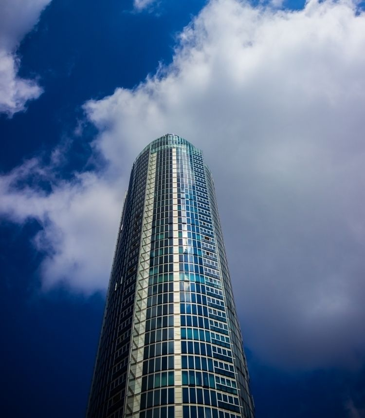London Building - llamnuds, london - shaundunmall   ello