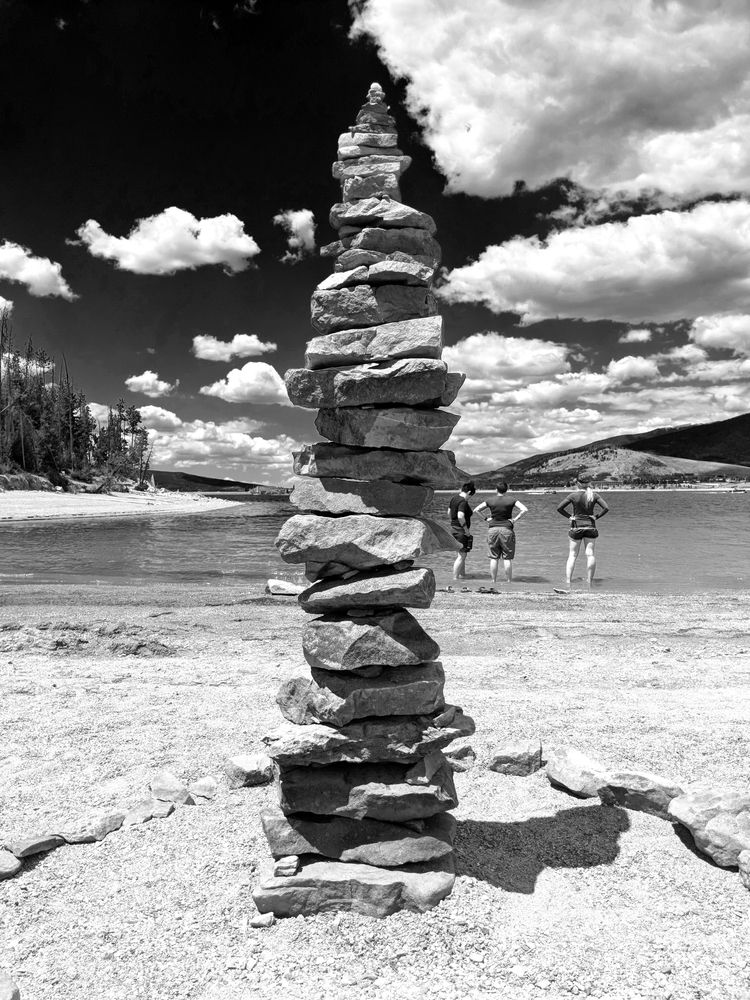 31 rocks + gravity. lake dillon - clayton_k | ello