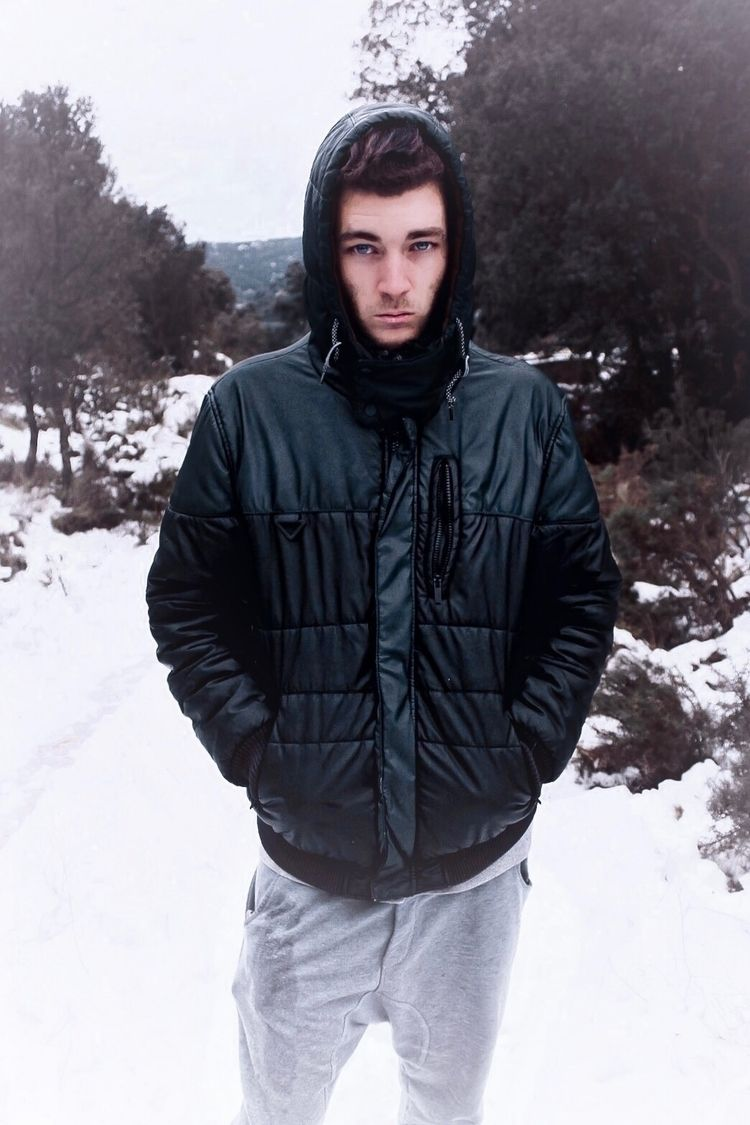 cold world - winter, snow, portrait - kyworld | ello