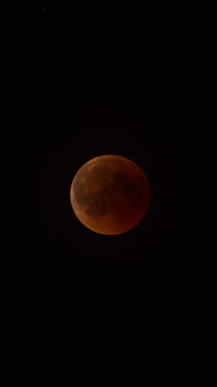 Blood Moon - moon, eclipse, mooneclipse - lonelygrizzly | ello