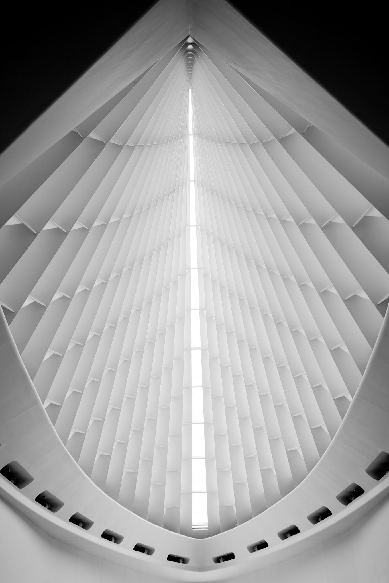 Grayscale Milwaukee Art Museum  - adam_dooley | ello