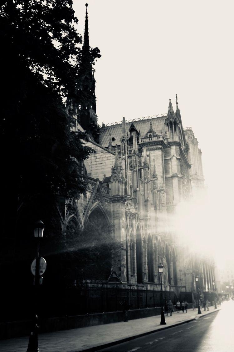 Paris - streetphotography, paris - zakirnaz | ello