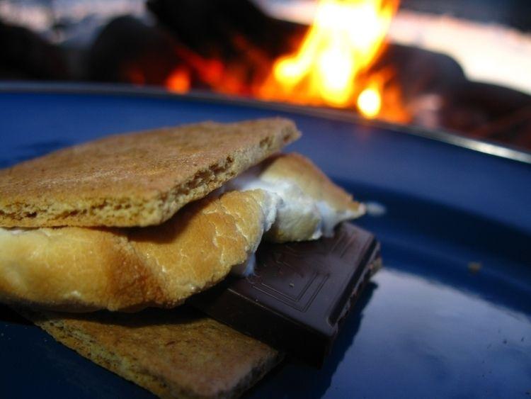 Haute cuisine dining lakeside - lakelife - leif_kurth | ello