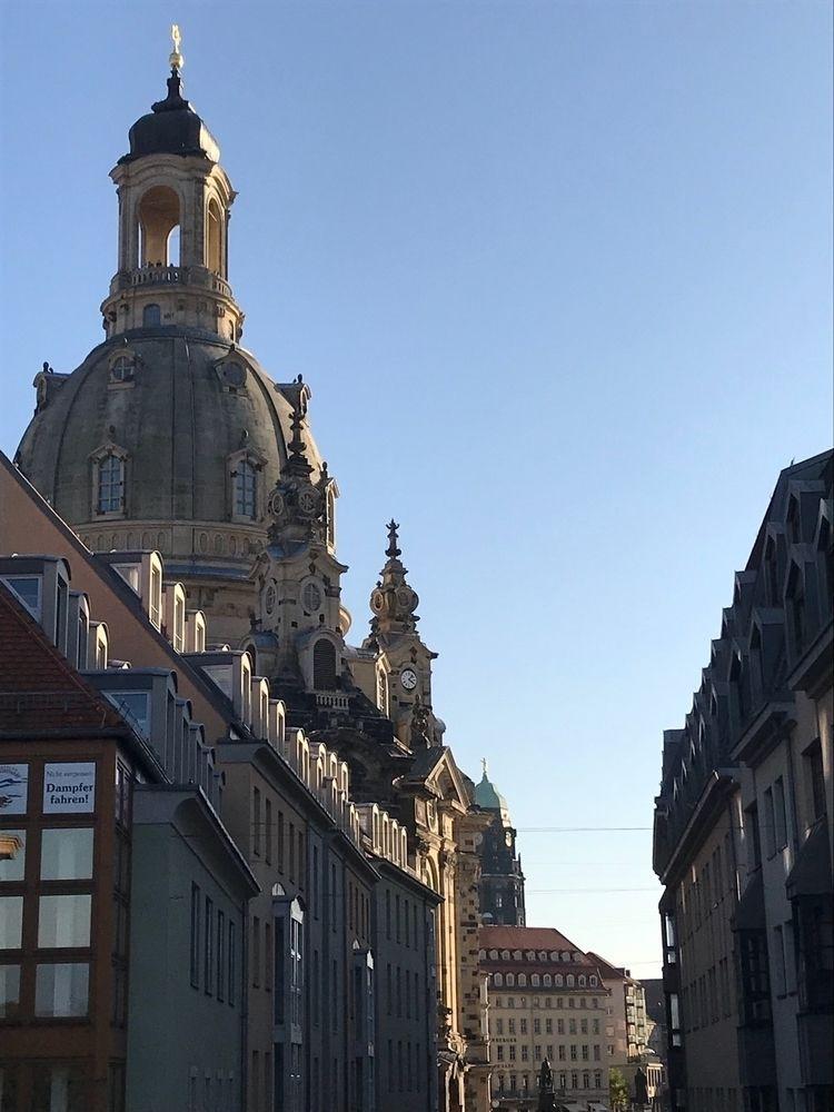 Dresden - ellonautilus | ello