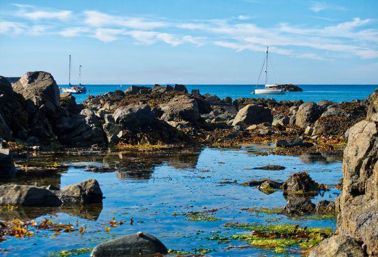 Braye, Alderney Rocks, boats Bl - neilhoward | ello