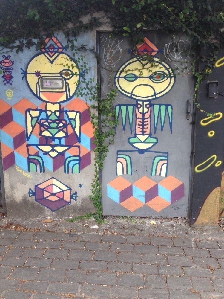 Artist: - Pompeia, São Paulo, B - casparmenke | ello