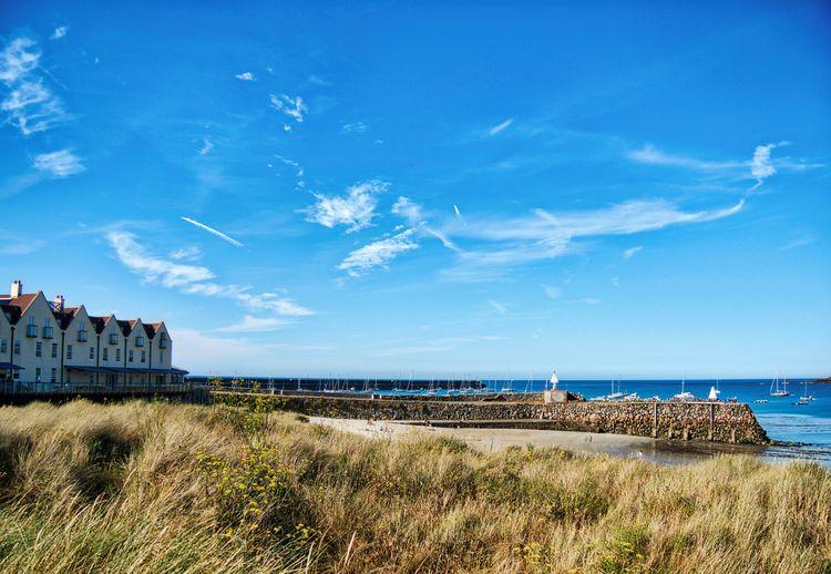 Douglas Quay, Alderney Braye Co - neilhoward | ello