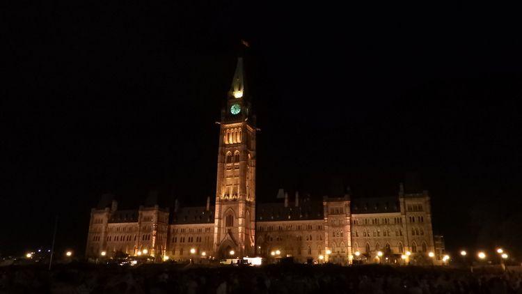 Parliament Hill, Ottawa - architecture - koutayba | ello