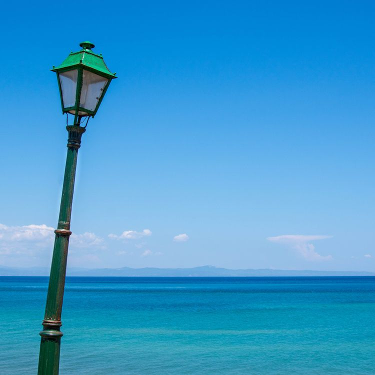 Green, Blue crooked lamppost Gr - erik_schepers | ello