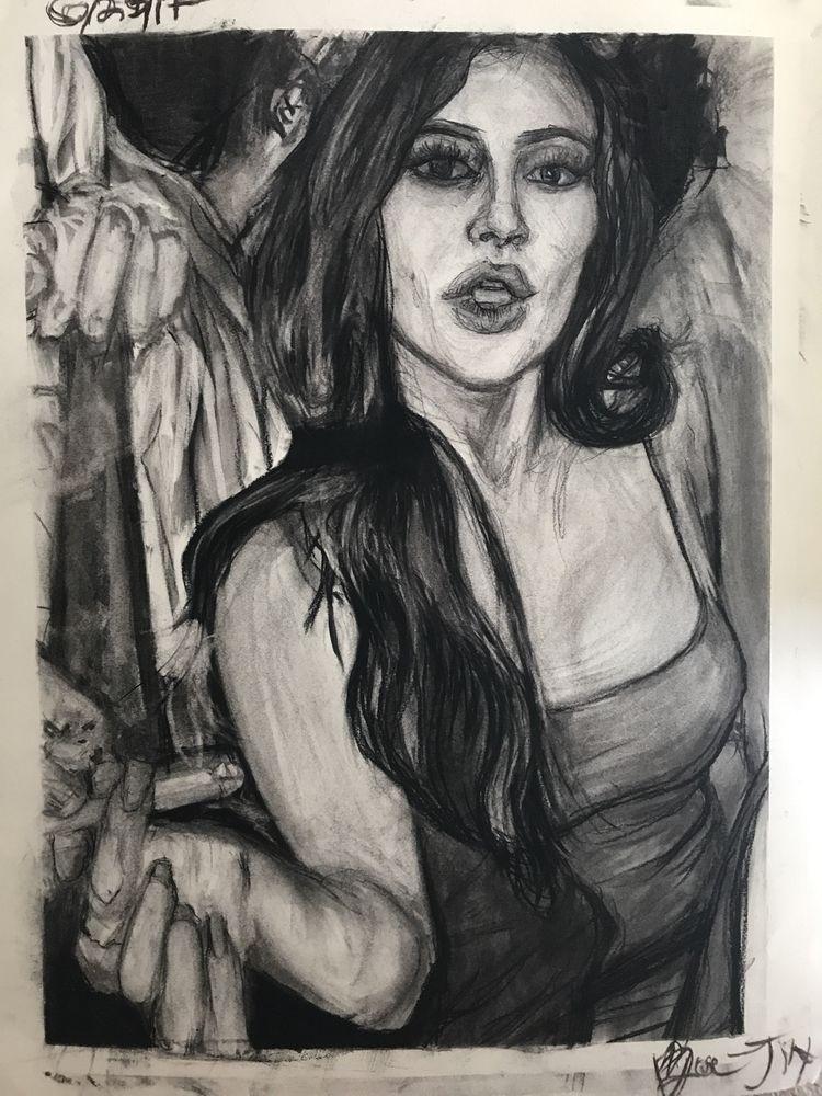 Kylie Jenner Passing Blunt - zoejinx | ello