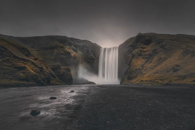 Skogafoss, Iceland (Gold Silver - johnkosmopoulos | ello