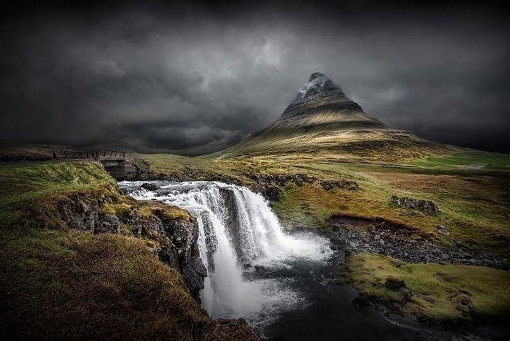 Kirkjufellsfoss, Iceland MCM (M - johnkosmopoulos | ello