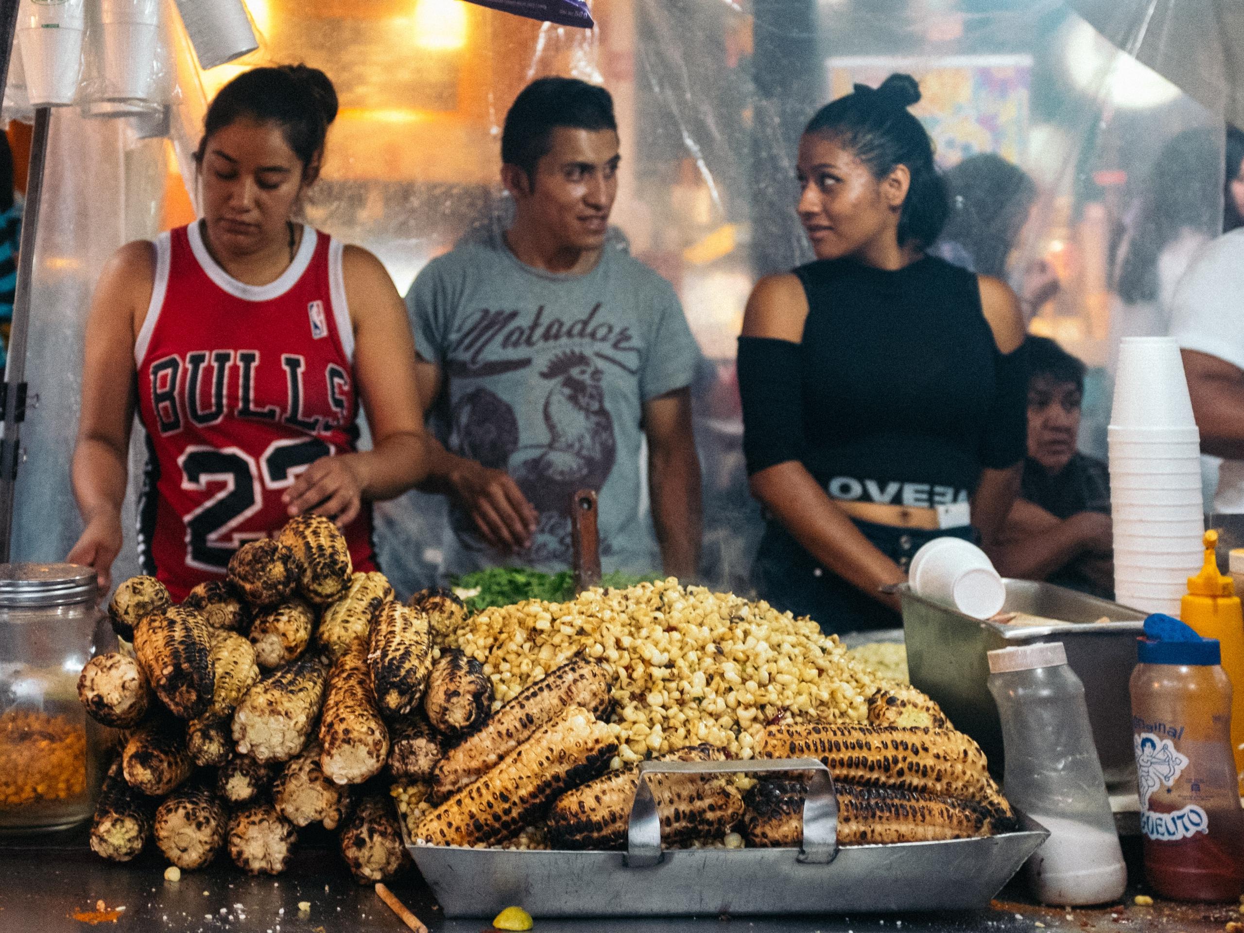 Mexico Street Food. street port - trovatten   ello