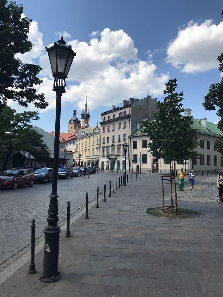 krakow, poland - francoiscarrier   ello