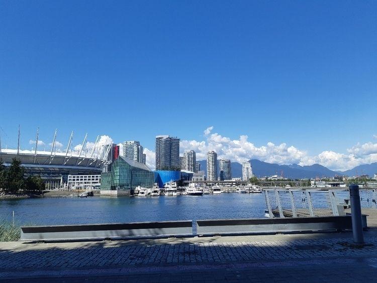 Vancouver - mickeymiguel | ello