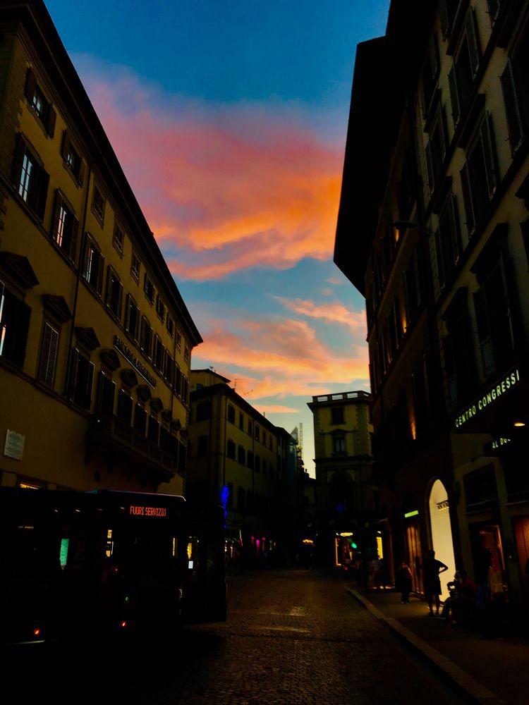 Florence, Italie - lounes | ello