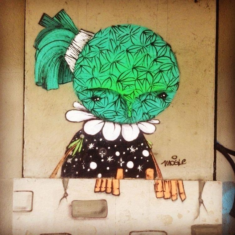 Artist: Mogle, 9 de Julho,, São - casparmenke | ello