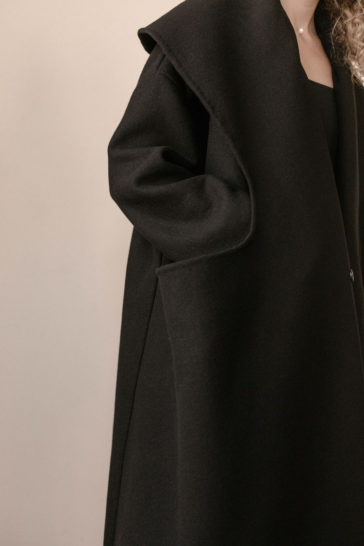 AA 2848 BLACK WOOL COAT DFW - S - ariannaalexis | ello